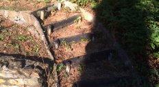 Giraud Maçonnerie - Réfection d'un chemin en pavés à Lachassagne (avant travaux)